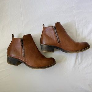 Dunes Dolly Chestnut Ankle Booties Zipper Sides 6